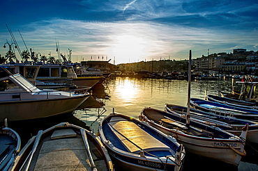Europe, France, Bouche-du-Rhone, Cassis Marina at sunset