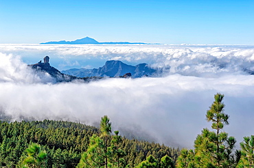 Roque Nublo, Mountain landscape in the central highlands, Gran Canaria, Canary Islands, Spain