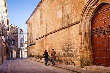 Calle de Roque Rojas, at right facade of Church, Iglesia de San Pablo, Ubeda, Andalusia, Spain