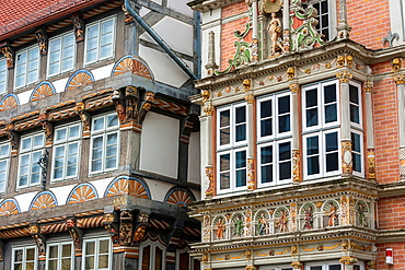 Detail of the Stiftsherrenhaus and the Leisthaus in Hamelin on the German Fairy Tale Route, Lower Saxony, Germany, Europe