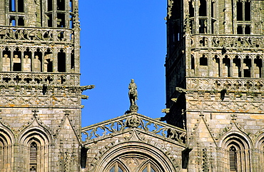 France, Brittany, Finistere, Quimper, St Corentin cathedral and statue of king Gradlon