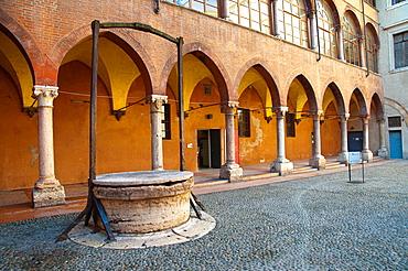 Cortile del Tribunale courtyard outside Palazzo dei Capitano central Verona city the Veneto region northern Italy Europe