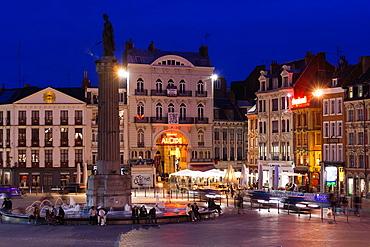 France, Nord-Pas de Calais Region, Nord Department, French Flanders Area, Lille, Grand Place-Place General de Gaulle, dusk