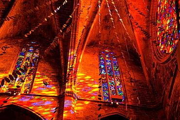 play of light caused by the larger rosette, Mallorca Cathedral, XIII Century, Historic-Artistic, Palma, Mallorca, Balearic Islands, Spain, Europe