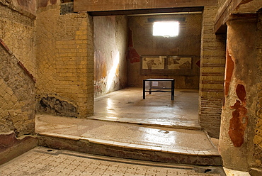 Casa del Bel Cortile, House of the Beautiful Courtyard, archeological site of Herculaneum, Pompeii, province of Naples, Campania region, southern Italy, Europe
