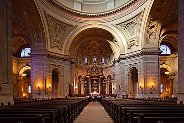 USA, Minnesota, Minneapolis, St  Paul, Cathedral of St  Paul, interior