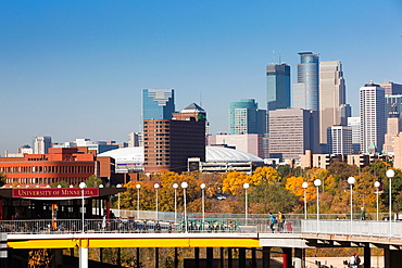 USA, Minnesota, Minneapolis, skyline from the University of Minnesota