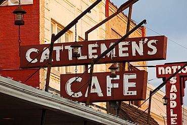 USA, Oklahoma, Oklahoma City, Stockyards City, Cattlemen's Cafe restaurant, sign