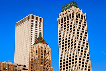 USA, Oklahoma, Tulsa, old and new high rise buildings, Art-Deco district