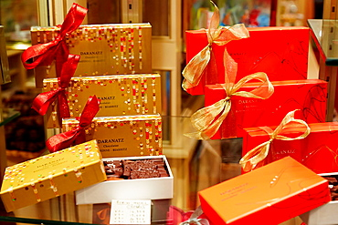 Christmas, Chocolate shop, Bayonne, Aquitaine, Pyrenees-Atlantiques, Basque country, 64, France.