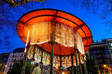 Quiosco, Boulevard, Donostia, San Sebastian, Gipuzkoa, Basque Country, Spain.