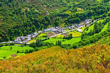 Fondos de Vega village, Fuentes del Narcea, Degana e Ibias Natural Park, Asturias, Spain, Europe.