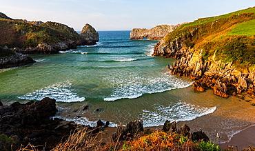 Berellin beach, Prellezo, Cantabria, Bay of Biscay, Spain, Europe.