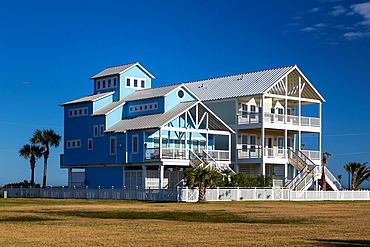Vacation homes on the Gulf of Mexico beach on Galveston Island, Texas, USA