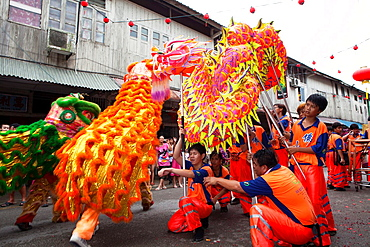 Dragon dance during Chinese New Year Festival Capgomeh year 2013 15th day of the 1st month at Siniawan, Sarawak, Malaysia
