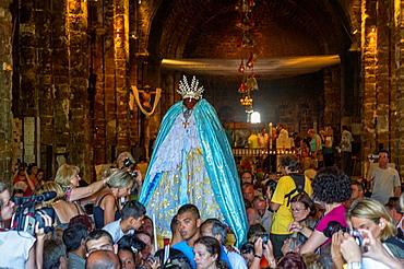 Europe, France, Bouche-du-Rhone, 13, Saintes-Marie-de-la-Mer, pilgrimage of gypsies  Procession oh the black virgin