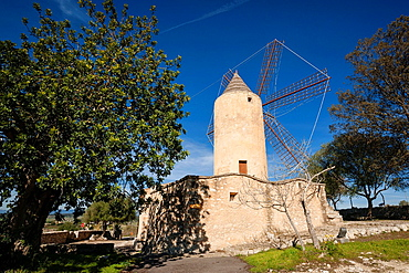 Mill den Fraret, Montuiri, a flour mill eighteenth century, houses the Archaeological Museum Son Fornes, mallorca, Balearic Islands, Spain, Europe