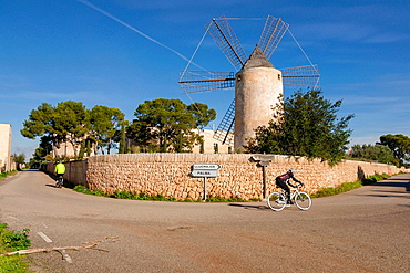 Gothic tower and mill, Sa Torre, documented in the Muslim period as farmhouse al-Borge, Llucmajor, mallorca, Balearic Islands, Spain, Europe