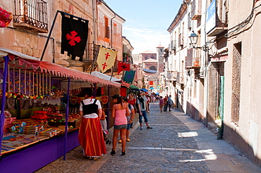 Flea market at Mayor street during the Medieval Days. Siguenza, Guadalajara province, Castilla La Mancha, Spain.