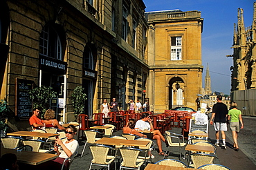 outside cafe on Place d'Armes square, Metz, Moselle department, Lorraine region, France, Europe