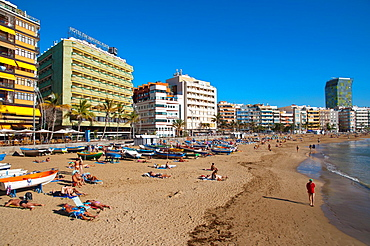 Playa de las Canteras beach at La Puntilla area Las Palmas de Gran Canaria island the Canary Islands Spain Europe