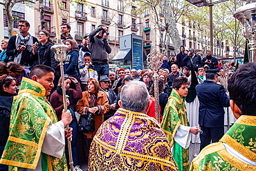 procession, sisterhood of Jesus del Gran Poder y virgen de la Macarena, Statue usually in the San Agustin church, Good Friday, Easter week, La Rambla, Barcelona, Catalonia, Spain