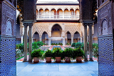 Royal Alcazar,`Patio de las Doncellas',Courtyard of the maidens,Seville, Andalusia, Spain