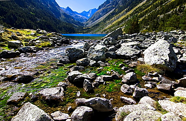 Lake Gaube, Vignemale, Gaube Valley, Cauterets, Aquitaine, Hautes Pyrenees, France, Europe