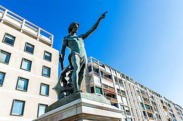 Europe, France, Var, Toulon. Quai Cronstadt statue of the Genius of navigation, work of the sculptor Louis-Joseph Daumas.