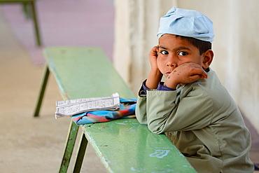 India, Rajasthan, Tonk, Shahi Masjid mosque, Koranic school, Lonely pupil.