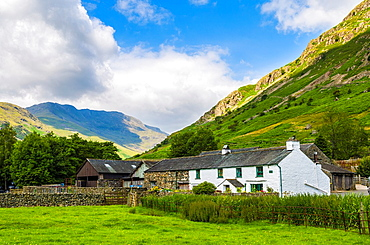 Middle Fell Farm at the foot of Langdale Fell near Chapel Stile in the Lake District National Park, Cumbria, England.