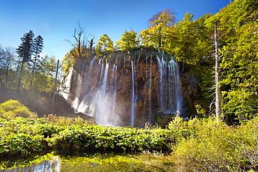 "Croatia, Plitvice Lakes National Park, waterfall ""Galovacky buk"" at the upper lakes, central Croatia, UNESCO."