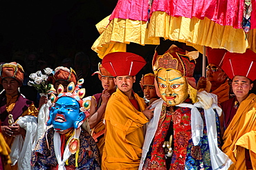 Buddhist festival at the Hemis Gompa, monks and masks. India, Jammu and Kashmir, Ladakh, Hemis.