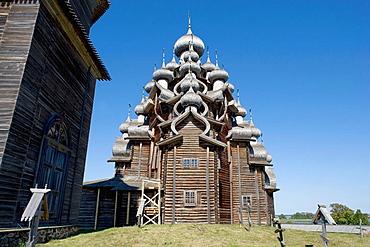 Church of Transfiguration, Preobrajenskaia Tserkov, 1714, Kizhi Island, Onega lake, Karelia, Russia.
