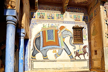 Old merchant's palace, old haveli (mansion) Mandawa, India.