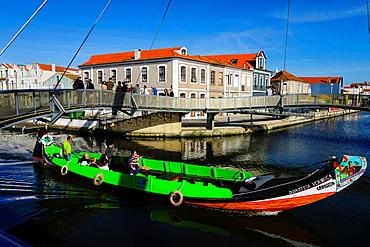 moliceiro, San Roque channel, os Botiroes, Aveiro, Beira Litoral, Portugal, Europe.