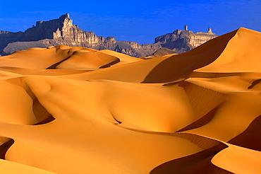 Libyan Desert, Wave of Dunes, Libyan Arab Jamahiriya.