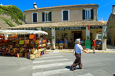 Eygalieres, Cafe, Baskets Stand, Provence, France.