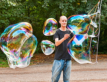 Soap Bubble Master in Berlin, Germany