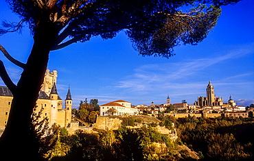 Cathedral,Alcazar and city skyline, Segovia, Castilla-Leon, Spain.