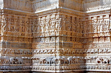 Detail,relief on the exterior wall of the Jagdish Temple,Udaipur, Rajasthan, india.