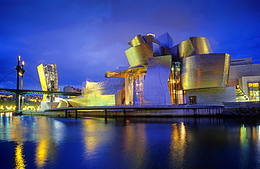 Guggenheim Museum by Frank O. Gehry. Bilbao. Vizcaya. Spain.