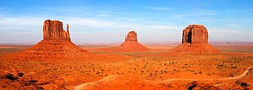 Monument Valley, Arizona, USA.