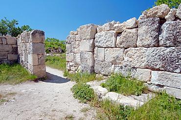 Cufut Qale, Chufut-Kale Jewish Fortress Crimea, Ukraine, Eastern Europe.