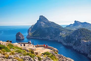 Spain, Mallorca Island, Formentor coast from Sa Creueta lookout, Colomer rock.