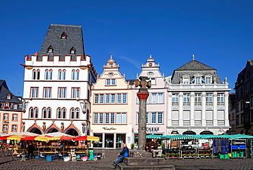 The medieval market cross on Hauptmarkt square, Steipe, Trier, Rhineland-Palatinate, Germany, Europe.