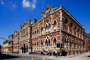 Exeter, Queen Street, Royal Albert Memorial Museum, Devon, UK