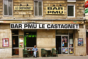 France, Aquitaine, Gironde, 'Bar PMU' at Bordeaux