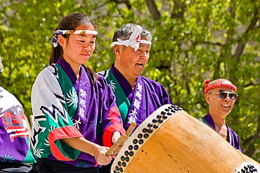 Japanese taiko drummers in Los Angeles, California, USA