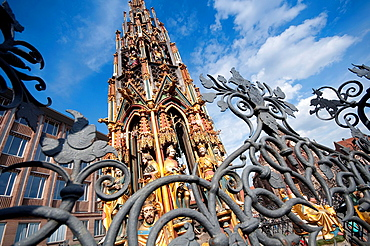 Germany, Bavaria, Nuremberg, Schroner Bruner Fountain.